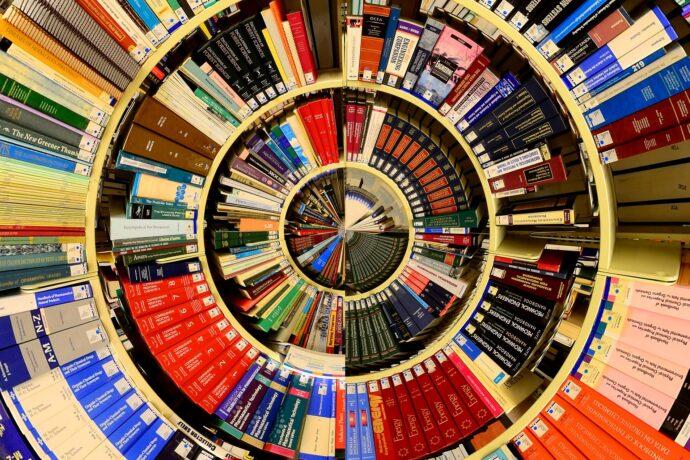 labyrinthe de livre - spirale