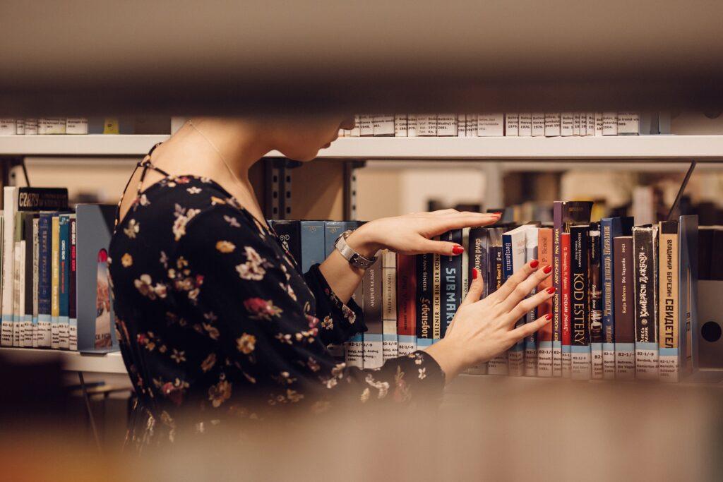 """rayon de bibliothèque et universitaire -les tips d'un """"week-end studieux"""" - place plume"""